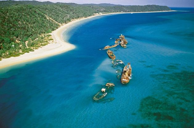 Sunrover Expeditions: 3 day/2 night Moreton Island Tour CAMPING - departs Brisbane
