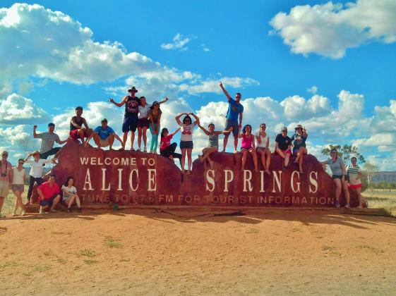 Alice Springs Backpacker Uluru Camping Tour Package - Emu Run Experience