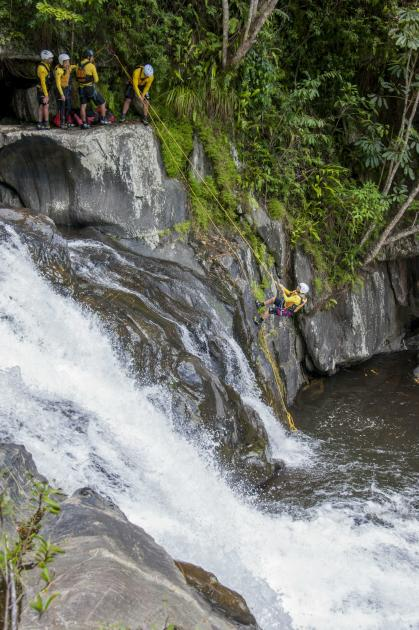 Raging Thunder: Cairns Canyoning - Afternoon Tour