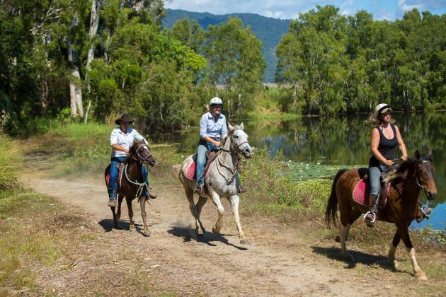 Raging Thunder combo: Horse Riding + Barron River Rafting