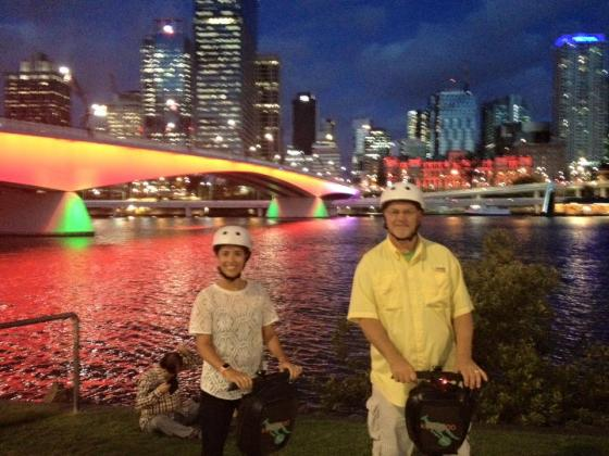 Kangaroo Segway Tours: 2 Hour 15 Minute Segway Sightseeing Night Tour