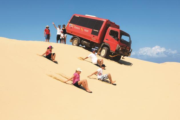 Port Stephens 4WD Tours: Sandboarding Adventure