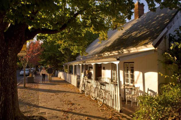 Mum and Dad Tours - Historic Hahndorf Exclusive Day Tour