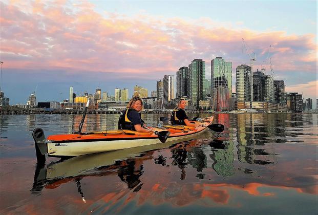 Kayak Melbourne:  Moonlight Kayak Tour