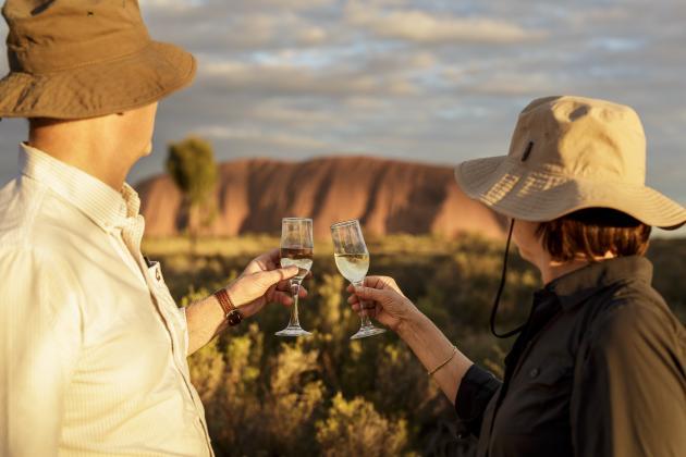 1 Day Uluru Tour (start Alice Springs / end Ayers Rock) - Emu Run Experience