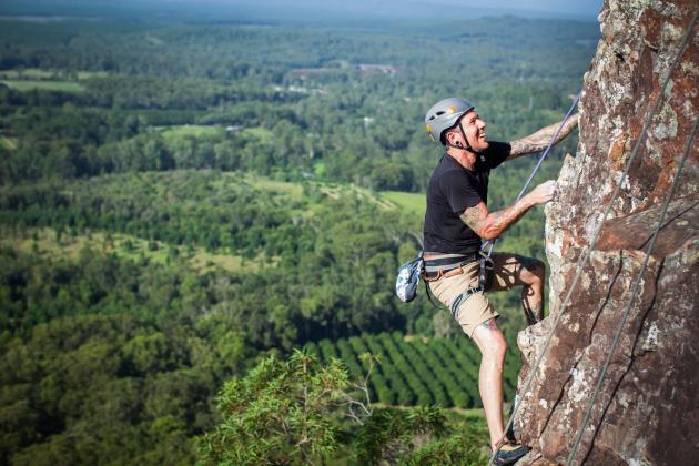 Pinnacle Sports - Climbing Mt Ngungun (Glasshouse Mountains)