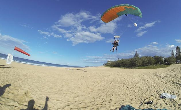 Beach Skydive Tandem  (Noosa - Sunshine Coast)