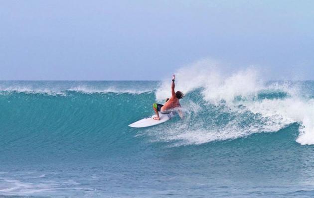 Australian Surf Tours: 4 Week Surf Development Course