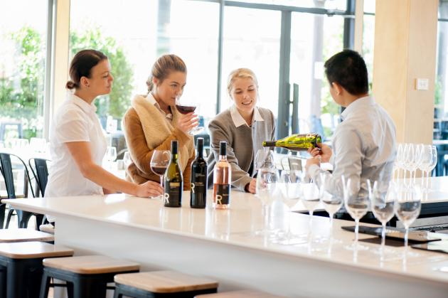 1 Day Yarra Valley Wine, Beer & Chocolates Tour