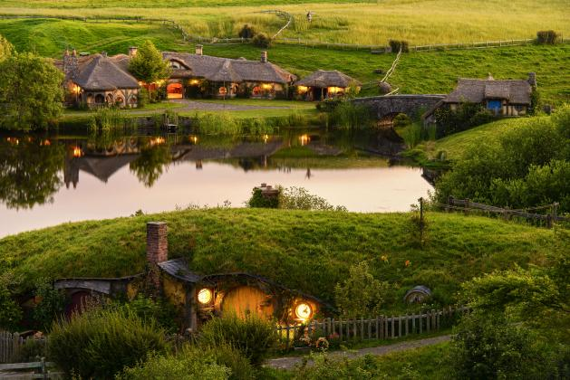 Hobbiton Movie Set Afternoon Tour from Auckland (small groups)