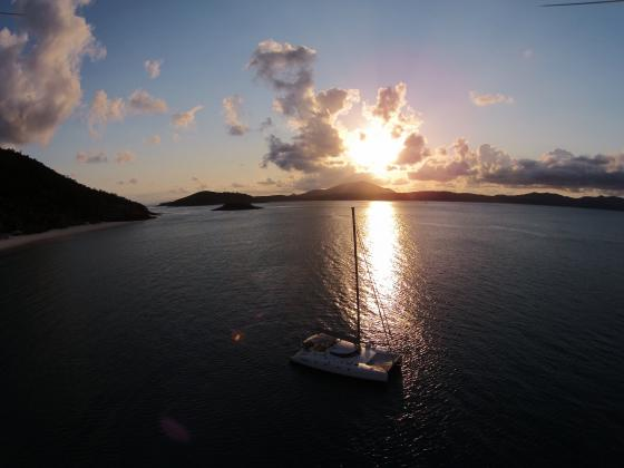 "Whitsunday Sailing Tour aboard Entice Catamaran ""O'Nice"""