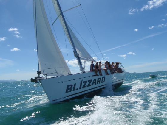 "Whitsunday Sailing Tour aboard Beneteau Yacht ""Blizzard"" 2 nights"
