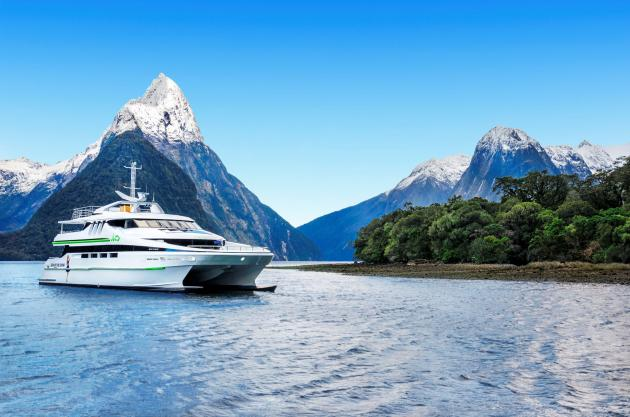 JUCY Cruise: Milford Sound Premium Boat Cruise