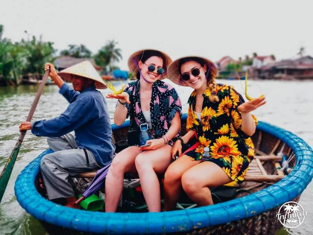 TruTravels - 17 Day Vietnam Explorer