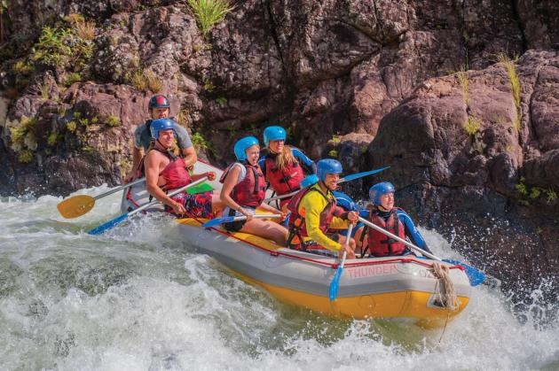 Raging Thunder - Full Day Tully River White Water Rafting