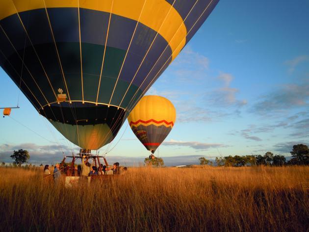 Raging Thunder combo: Balloon Flight + Skyrail + Kuranda