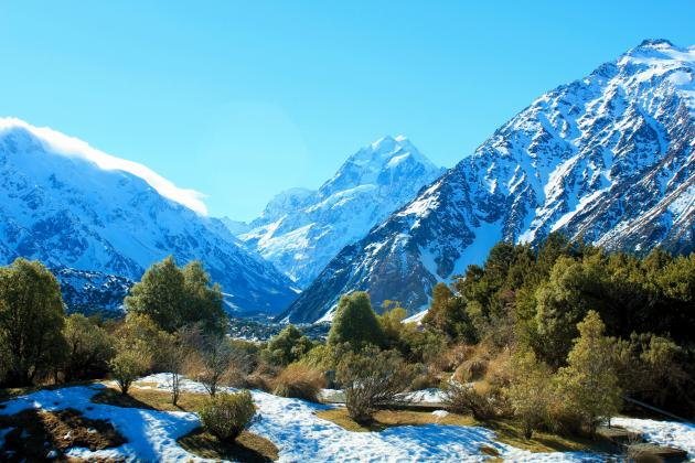 Aoraki-Mt Cook, Tasman Glacier & Alpine Centre all-inclusive all-day scenic tour from Christchurch