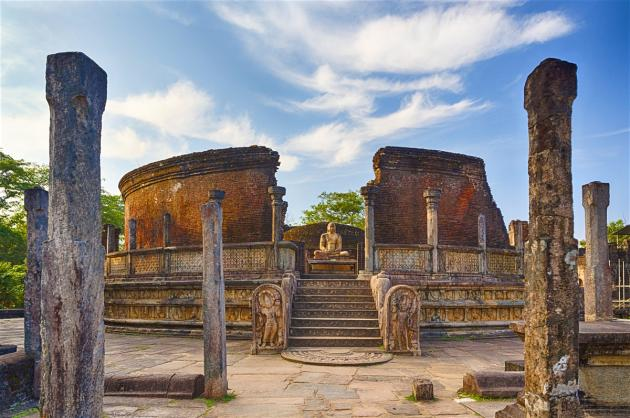 8-Day Historical and Wildlife Tour in Cultural Triangle