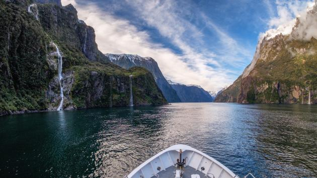 Milford Sound BBQ Experience (Early Summer Departure)